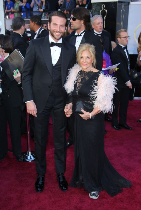 Photo from http://www.refinery29.com/2013/02/43548/bradley-cooper-mom-wore-sneakers-oscars?utm_source=feed&utm_medium=rss