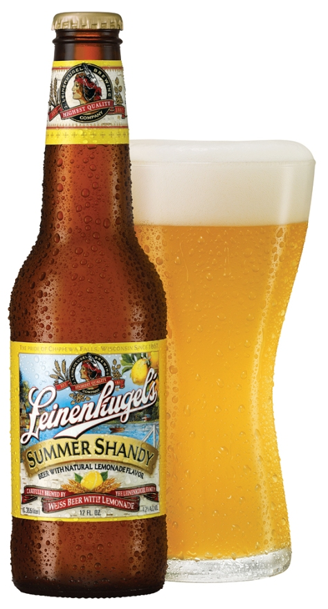 summershandy-bottle-pour