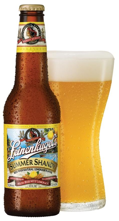 summershandy-bottle-pour
