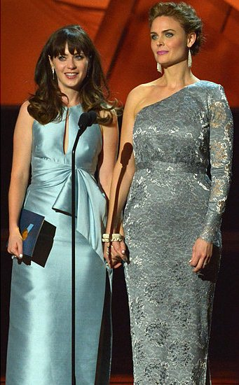 Zooey-Deschanel-Emmy-Awards-2013-Pictures