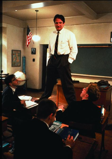 still-of-robin-williams-in-dead-poets-society-(1989)