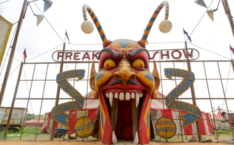 american-horror-story-freak-show_612x380