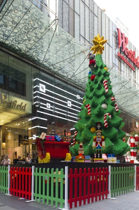 the-lego-christmas-tree-at-westfield-sydney_3