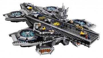 Lego-Avengers-Helicarrier-3-360x204