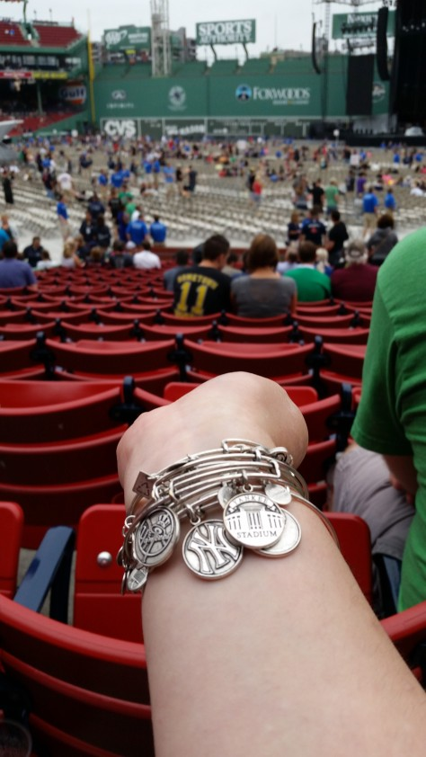 I made sure to wear some Yankee jewelry to the show. Take that Red Sox!