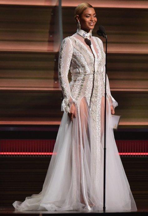 Beyonce-Grammys-2016