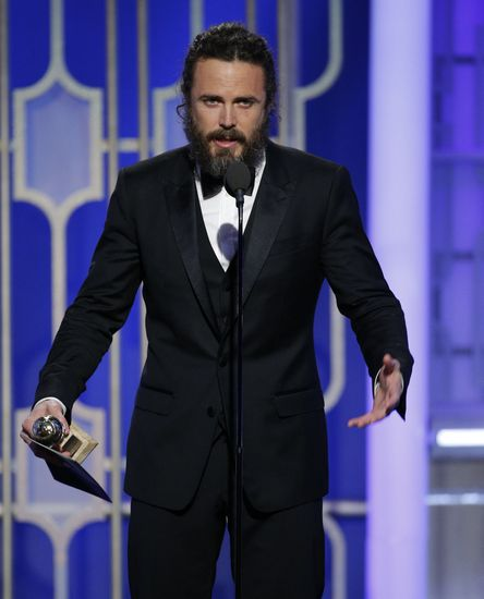 9799373-entertainment-74th-golden-globe-awards