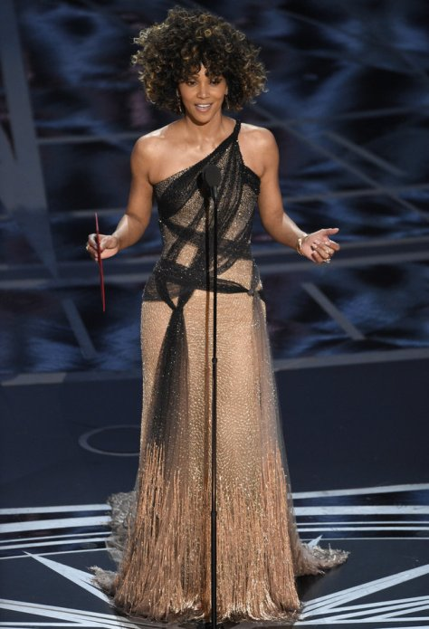 Halle Berry presents the award for best director at the Oscars on Sunday, Feb. 26, 2017, at the Dolby Theatre in Los Angeles. (Photo by Chris Pizzello/Invision/AP)