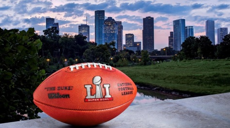 skyline-with-football